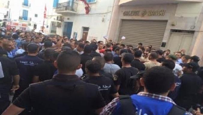 Tunisia: i movimenti contestano la Legge di riconciliazione