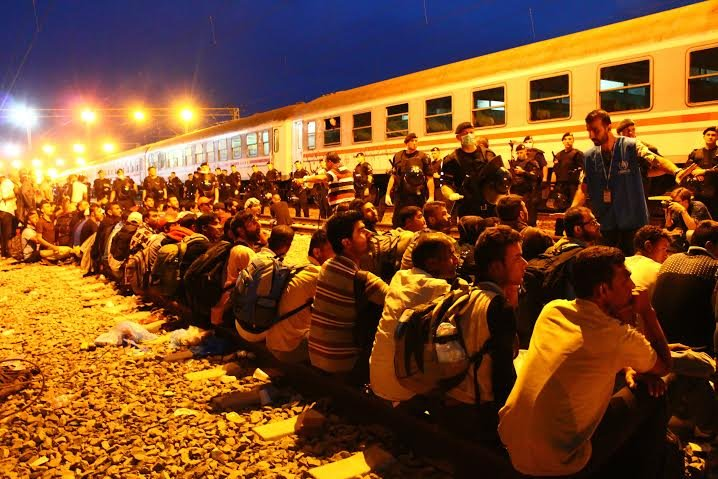 Tovarnik – Sospesi tra i confini chiusi alle porte d'Europa